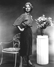 This is an image of Photograph & Poster of Virginia Mayo 101526