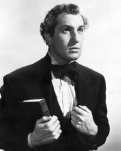 This is an image of Photograph & Poster of Vincent Price 101632