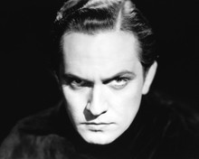 This is an image of Photograph & Poster of Fredric March 101637