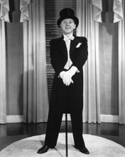 This is an image of Photograph & Poster of Mickey Rooney 101643
