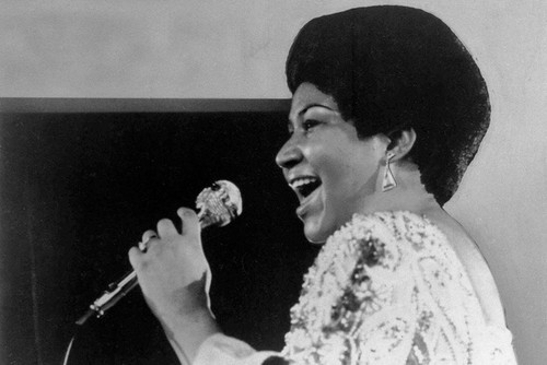 This is an image of Photograph & Poster of Aretha Franklin 102390