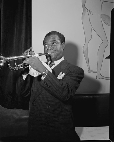 This is an image of Photograph & Poster of Louis Armstrong 102466