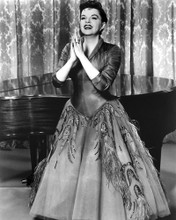 This is an image of Photograph & Poster of Judy Garland 102645