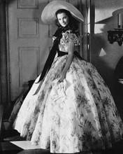 This is an image of Photograph & Poster of Vivien Leigh 160252