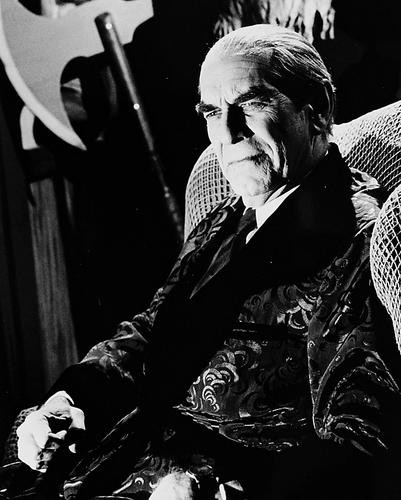 This is an image of 161240 Martin Landau Photograph & Poster