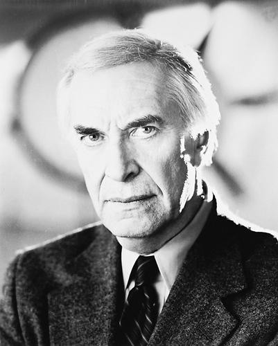 This is an image of 163411 Martin Landau Photograph & Poster