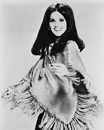 This is an image of 165364 Marlo Thomas Photograph & Poster