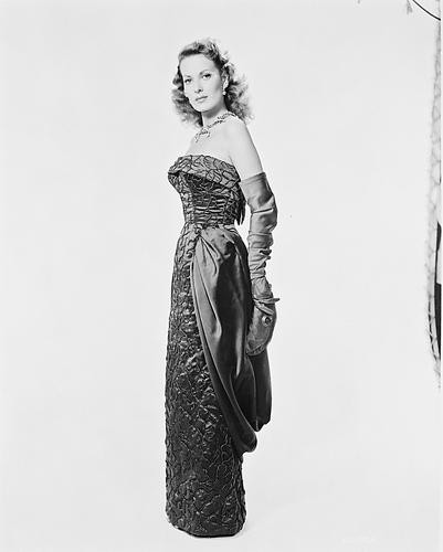This is an image of 166838 Maureen O'Hara Photograph & Poster