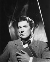 This is an image of 180106 Michael Redgrave Photograph & Poster