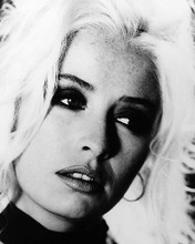 This is an image of 195928 Wendy James Photograph & Poster