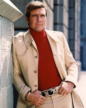 This is an image of 281116 Lee Majors Photograph & Poster
