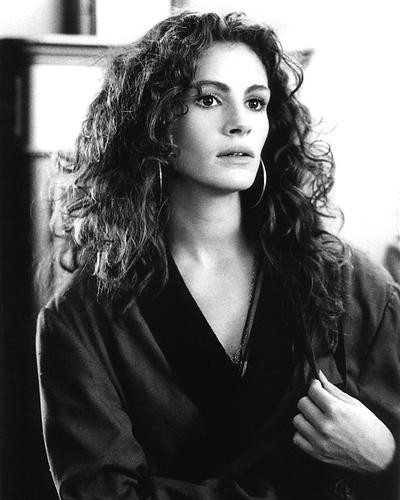 This is an image of 191570 Julia Roberts Photograph & Poster