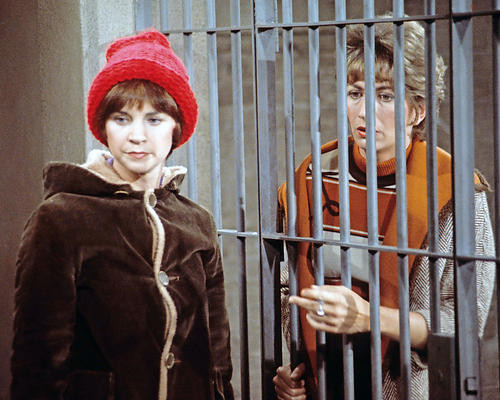 This is an image of 281873 Laverne and Shirley Photograph & Poster