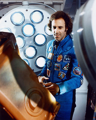 This is an image of 228537 Bruce Dern Photograph & Poster