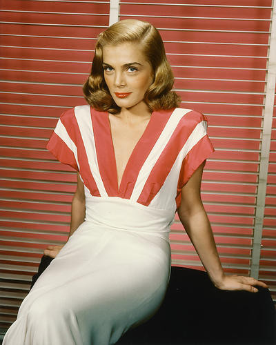 This is an image of 228717 Lizabeth Scott Photograph & Poster