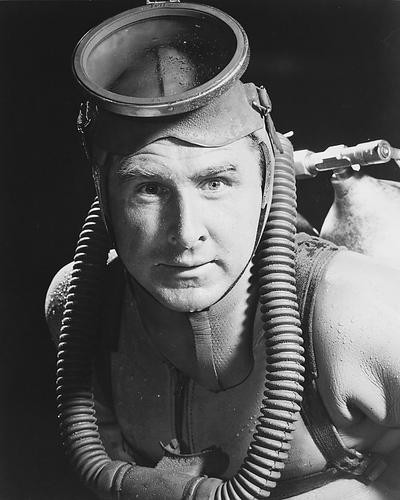 This is an image of 170686 Lloyd Bridges Photograph & Poster