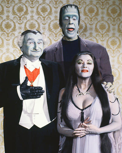 This is an image of 221722 The Munsters Photograph & Poster