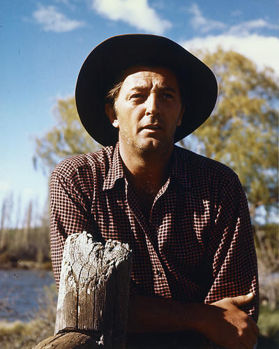 This is an image of 224516 Robert Mitchum Photograph & Poster