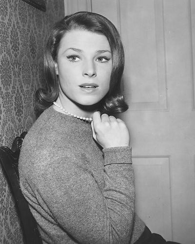 This is an image of 171368 Mariette Hartley Photograph & Poster