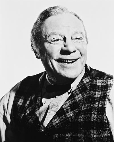 This is an image of 168846 Edmund Gwenn Photograph & Poster