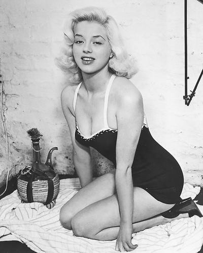 This is an image of 172301 Diana Dors Photograph & Poster