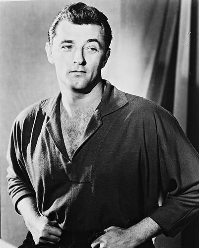 This is an image of 169897 Robert Mitchum Photograph & Poster