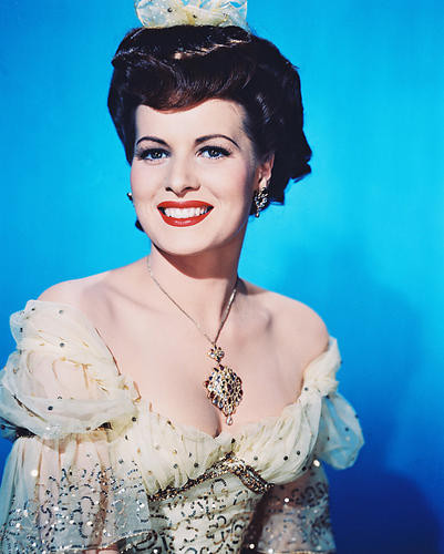 This is an image of 243065 Maureen O'Hara Photograph & Poster