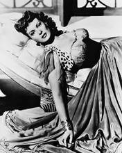 This is an image of 170440 Maureen O'Hara Photograph & Poster