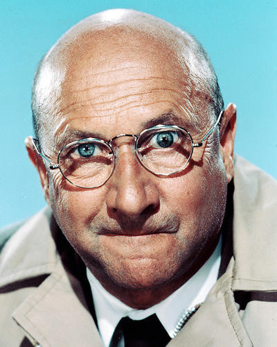 This is an image of 244562 Donald Pleasence Photograph & Poster