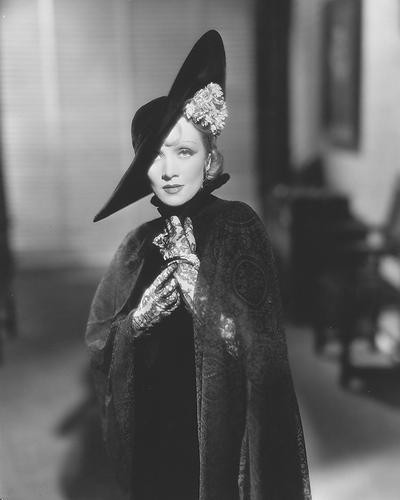 This is an image of 174479 Marlene Dietrich Photograph & Poster