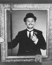 This is an image of 174554 David Tomlinson Photograph & Poster
