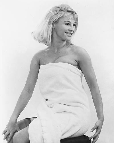 This is an image of 173410 Julie Christie Photograph & Poster