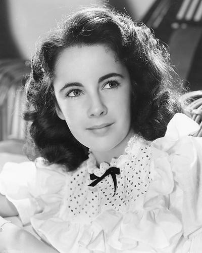 This is an image of 173523 Elizabeth Taylor Photograph & Poster