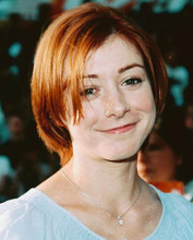 This is an image of 251970 Alyson Hannigan Photograph & Poster