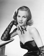 This is an image of 174772 Honor Blackman Photograph & Poster
