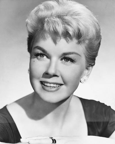 This is an image of 175694 Doris Day Photograph & Poster