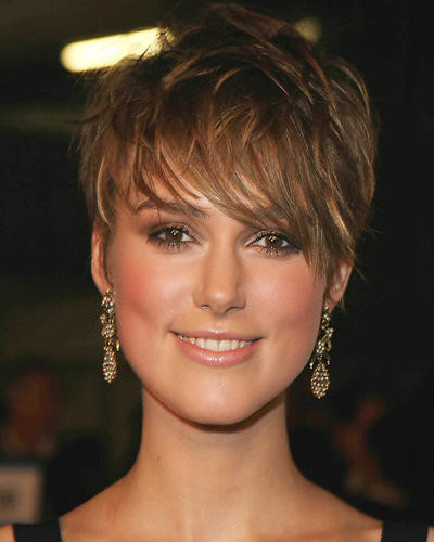 This is an image of 264053 Keira Knightley Photograph & Poster