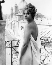 This is an image of 186640 Sophia Loren Photograph & Poster
