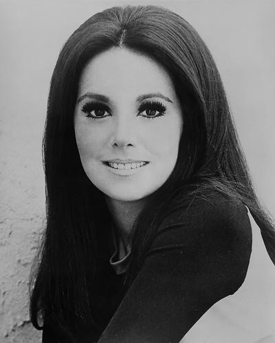 This is an image of 186935 Marlo Thomas Photograph & Poster