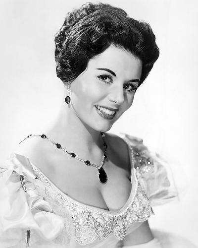 This is an image of 188342 Eunice Gayson Photograph & Poster