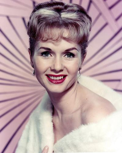 This is an image of 280002 Debbie Reynolds Photograph & Poster