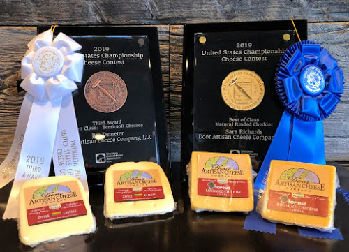 us-cheese-award-resize2-1-.jpg