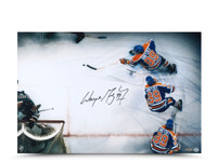 WAYNE GRETZKY Signed Wrap Around Photo UDA.