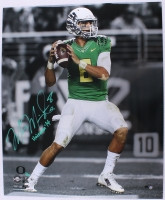 "MARCUS MARIOTA Signed LE Oregon 20 x 24 Photo Inscribed ""Heisman '14"" STEINER COA LE 14 of 14"