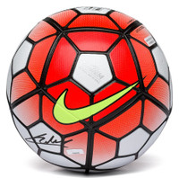 CHRISTIAN PULISIC Autographed Nike Ordem Official Match Soccer Ball PANINI