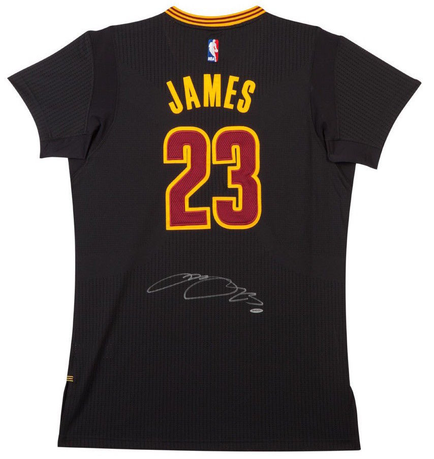 5ddd8d8d6eac LEBRON JAMES Autographed Cleveland Cavaliers