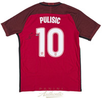 CHRISTIAN PULISIC Autographed Nike US Men's Red #10 Authentic Jersey PANINI