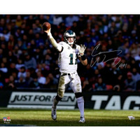 CARSON WENTZ Autographed Philadelphia Eagles Horizontal Throwing 16 x 20 Photograph - FANATICS