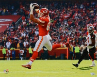 "TRAVIS KELCE Autographed Kansas City Chiefs 16"" x 20"" Photograph FANATICS"