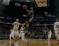 "ZION WILLIAMSON Autographed New Orleans Pelicans ""Lay Up"" 16"" x 20"" Photograph FANATICS"